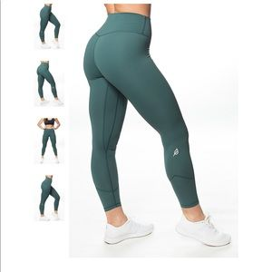 ptula forest green leggings